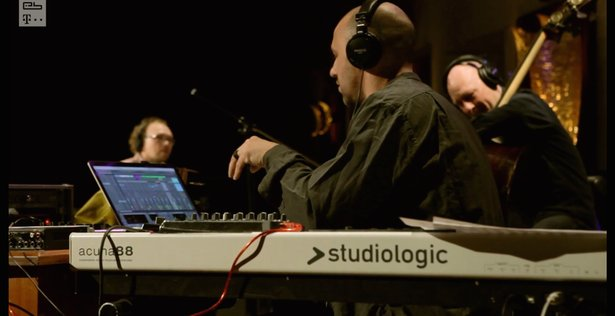 Bugge Wesseltoft, Henrik Schwarz, and Daniel Berglund perform live
