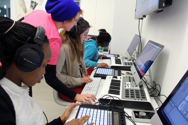 Erin Barra instructs Beats by Girlz students in Push and Live.