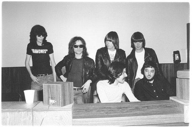 Ramones 1 1976.jpg