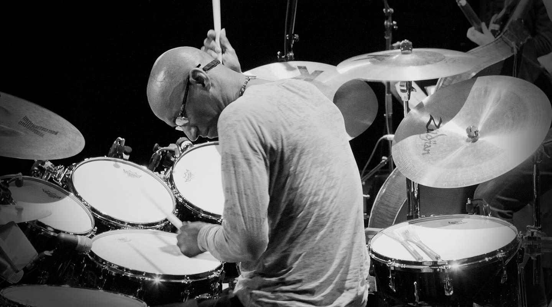 Omar Hakim: Human Rhythms